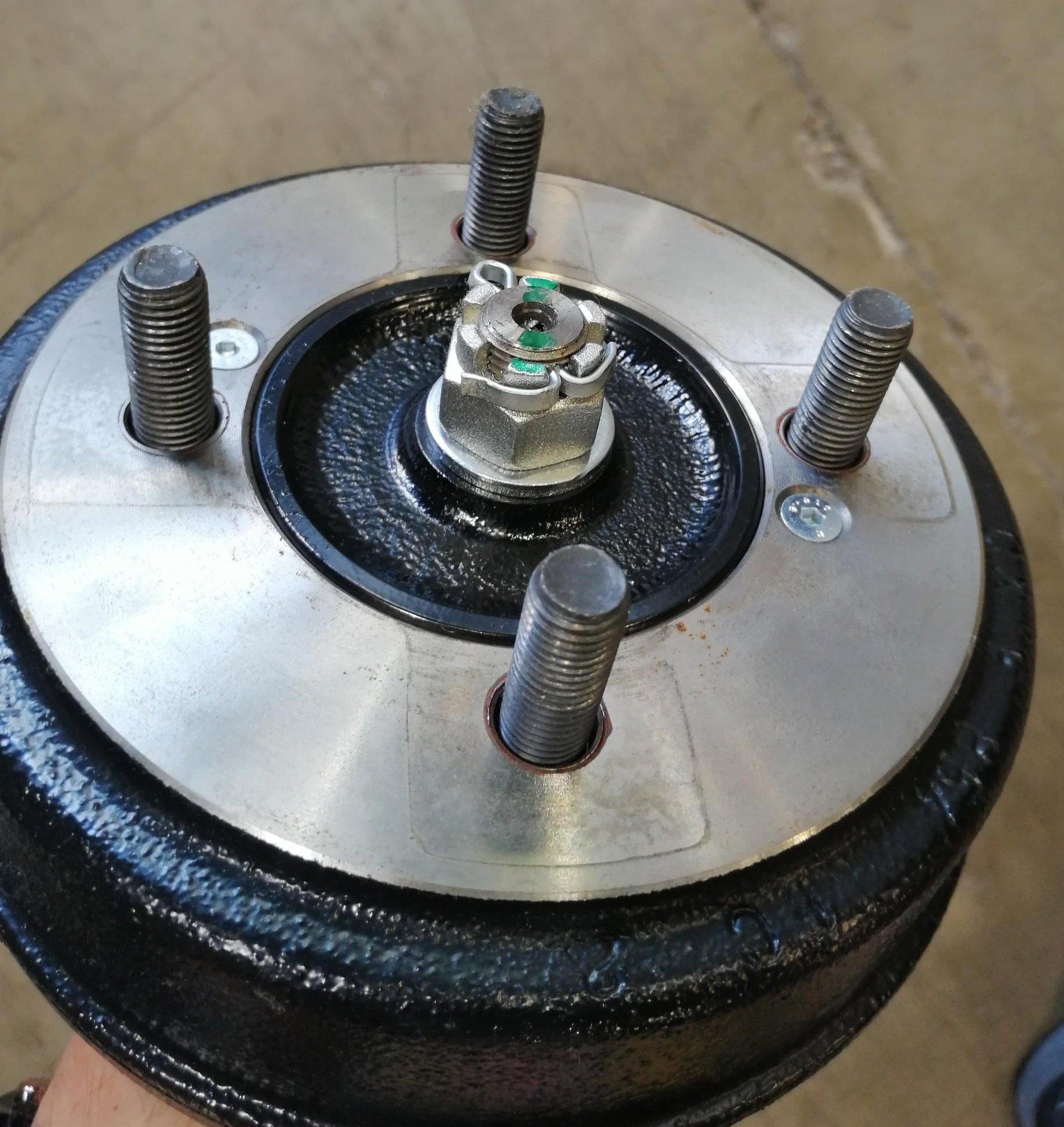 rear-hub-nut4