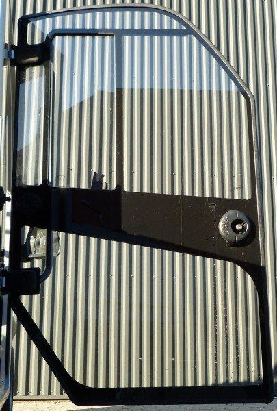 Door assembly RH